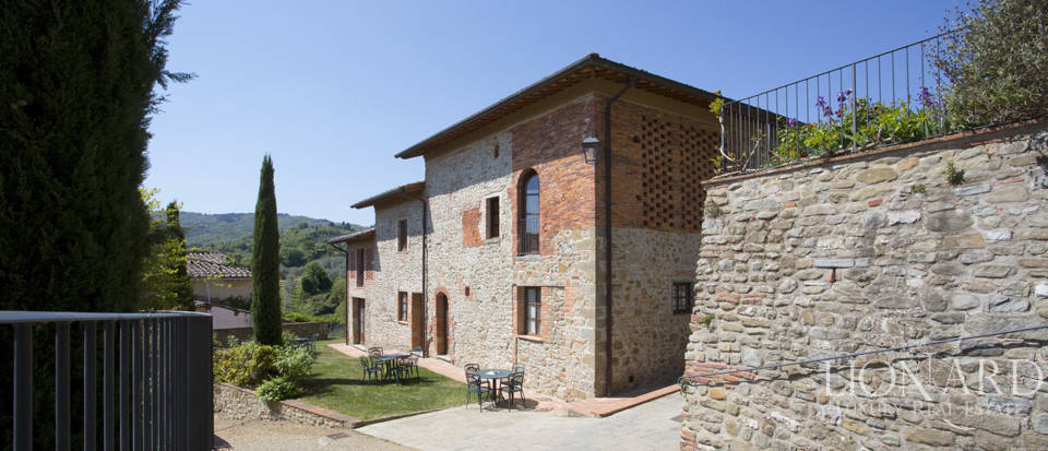 Luxury complex for sale near Arezzo Image 28