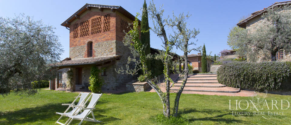 Luxury complex for sale near Arezzo Image 32