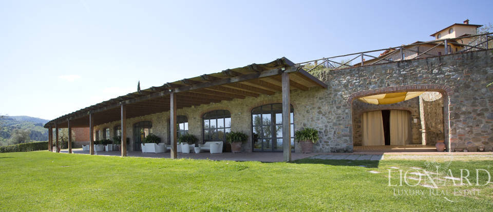 Luxury complex for sale near Arezzo Image 34
