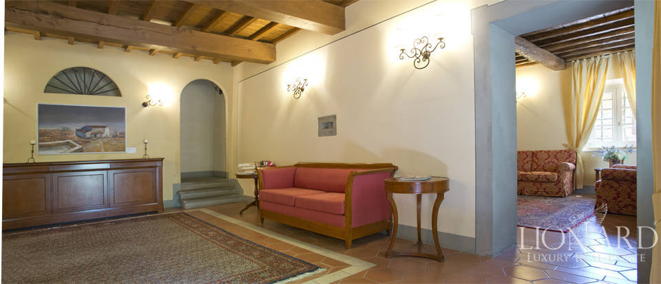 Luxury complex for sale near Arezzo Image 55