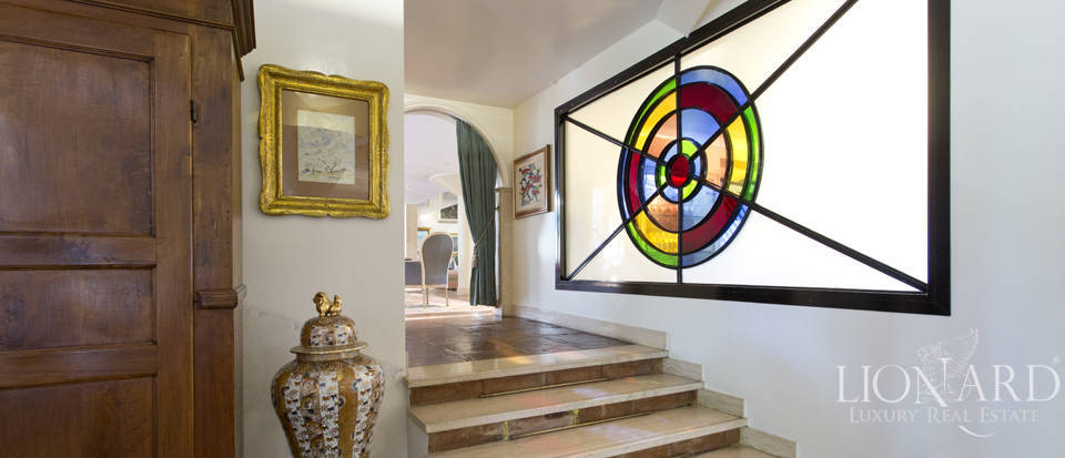 Luxury villa for sale in Rome Image 38