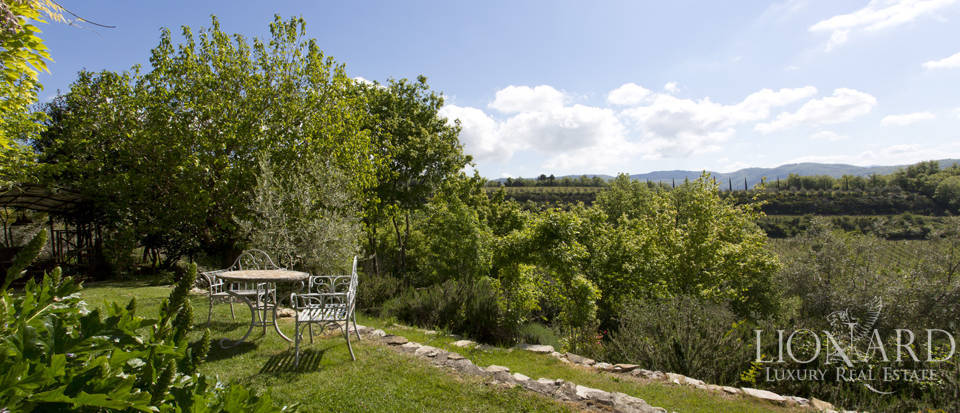 Tuscan farmhouse for sale near Siena Image 20