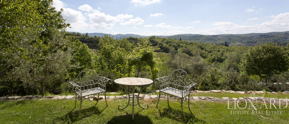 Tuscan farmhouse for sale near Siena Image 22