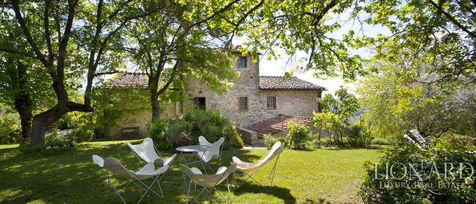 Tuscan farmhouse for sale near Siena Image 27
