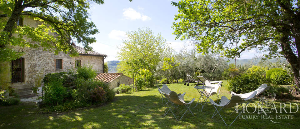 Tuscan farmhouse for sale near Siena Image 28