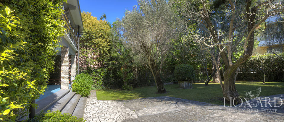 Eclusive property for sale in Sirmione Image 7