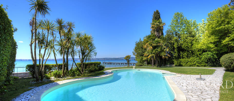 Eclusive property for sale in Sirmione Image 15