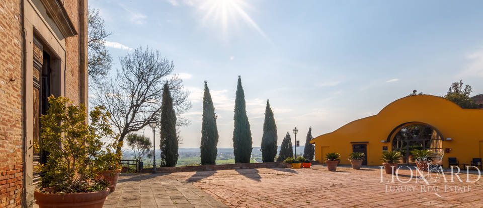 Prestigious estate for sale in Tuscany Image 8