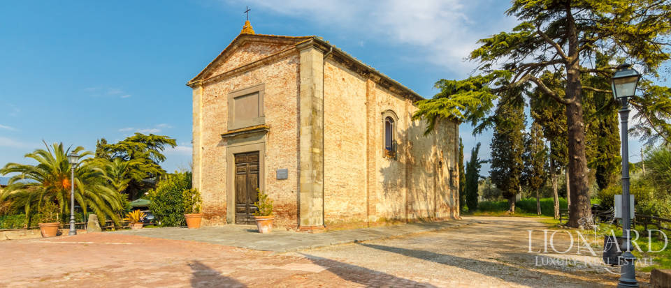 Prestigious estate for sale in Tuscany Image 14
