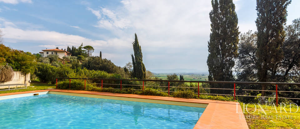 Prestigious estate for sale in Tuscany Image 17
