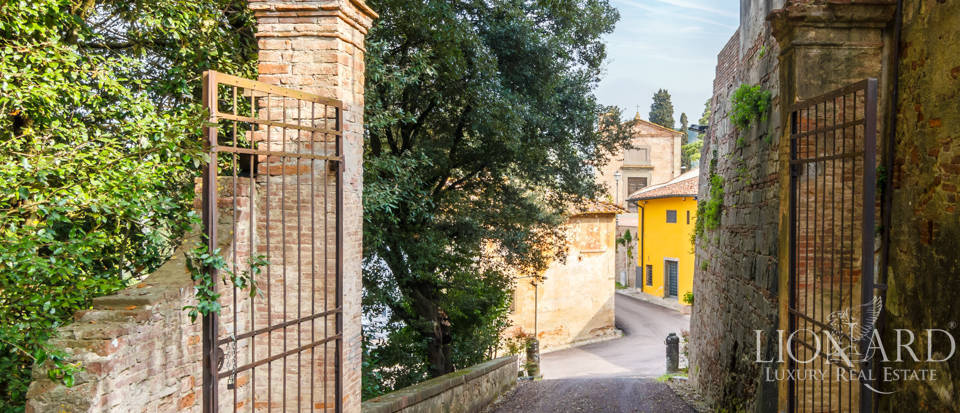 Prestigious estate for sale in Tuscany Image 30
