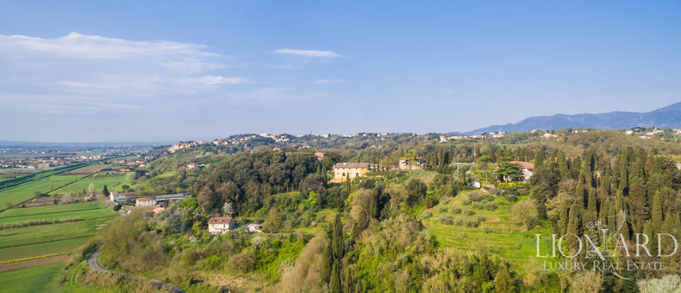 Prestigious estate for sale in Tuscany Image 32