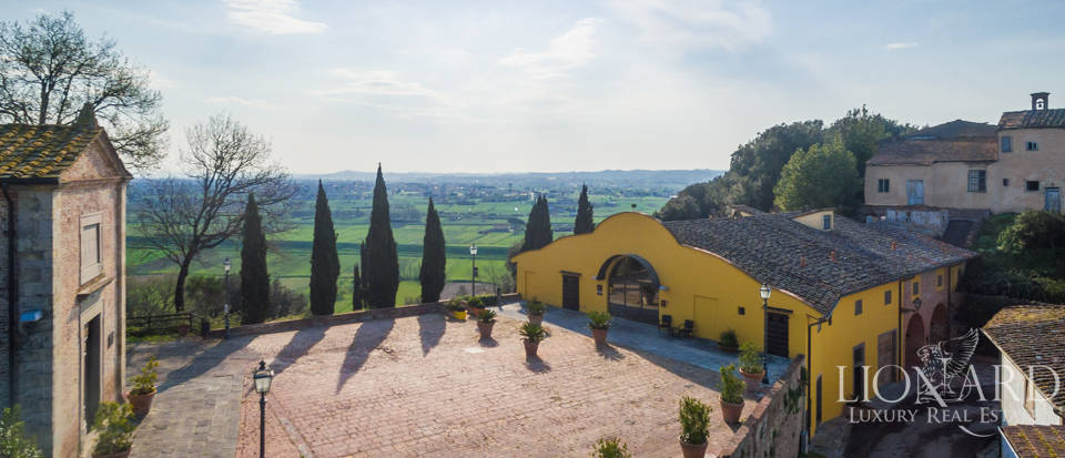 Prestigious estate for sale in Tuscany Image 7
