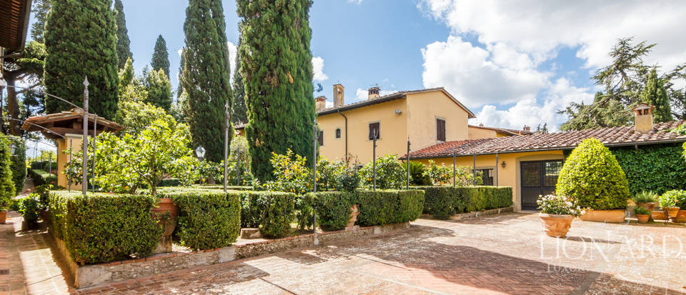 Refined estate for sale in Tuscany Image 54