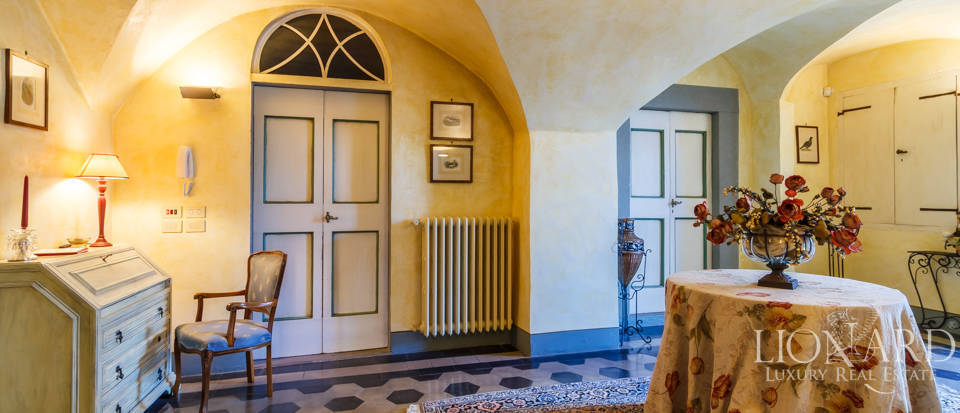 Refined estate for sale in Tuscany Image 44