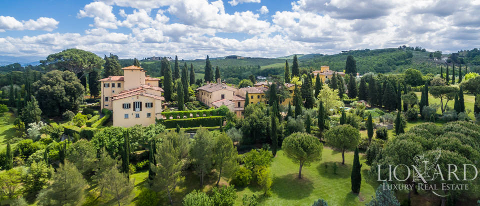 Refined estate for sale in Tuscany Image 48