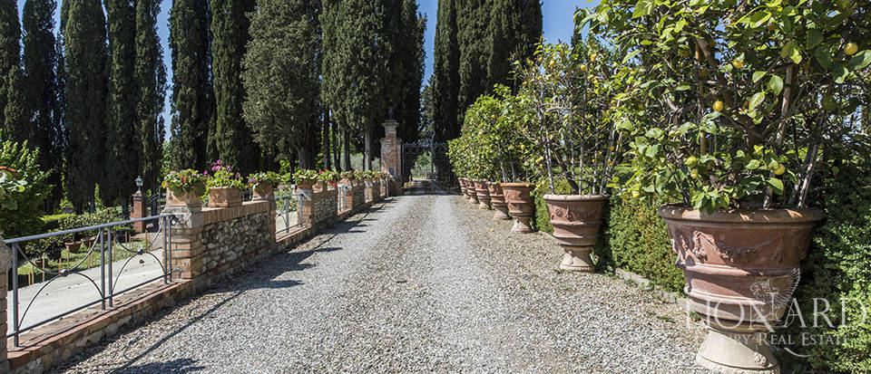 Prestigious complex for sale in Tuscany Image 49