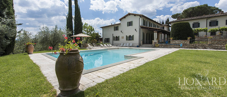 Prestigious complex for sale in Tuscany Image 10
