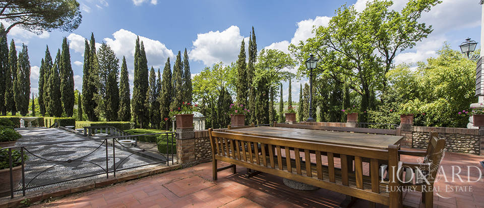 Prestigious complex for sale in Tuscany Image 12