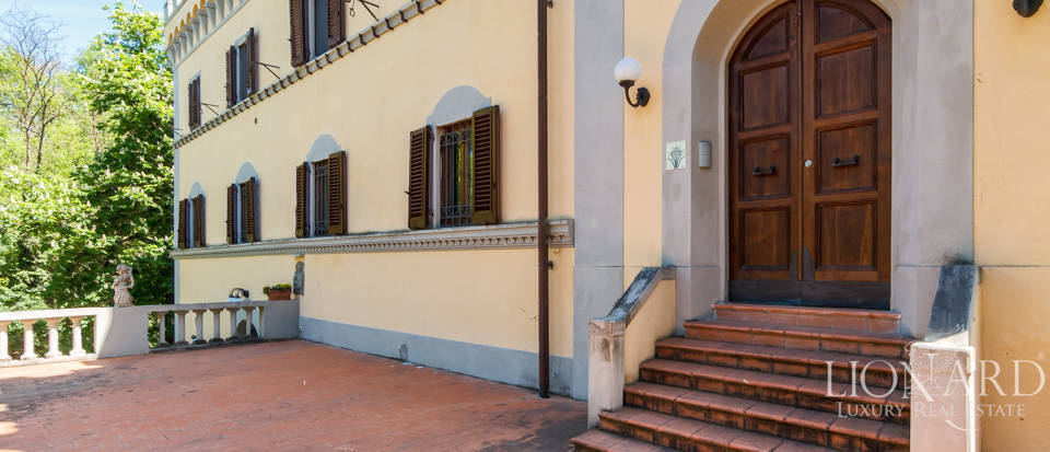 Dream villa for sale in Florence Image 27