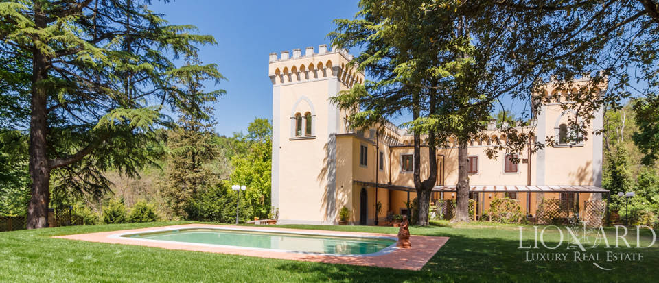 Dream villa for sale in Florence Image 14