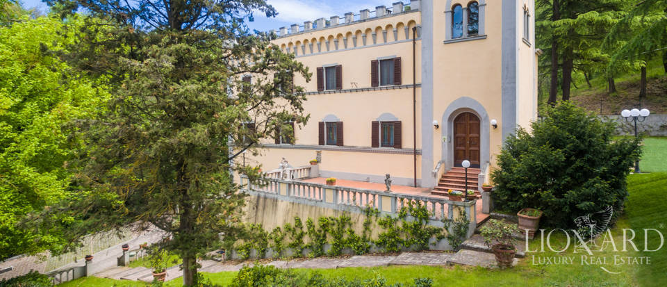 Dream villa for sale in Florence Image 20