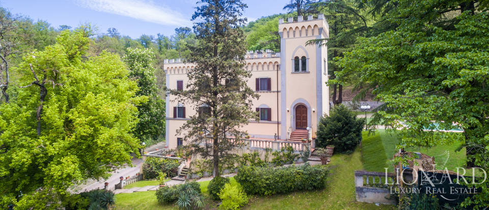 Dream villa for sale in Florence Image 22