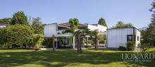 luxurious villa in forte dei marmi for sale