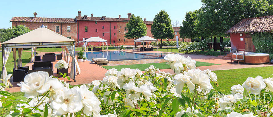 Exclusive resort for sale in Cremona Image 1