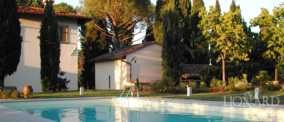 property in tuscany for sale italian villas