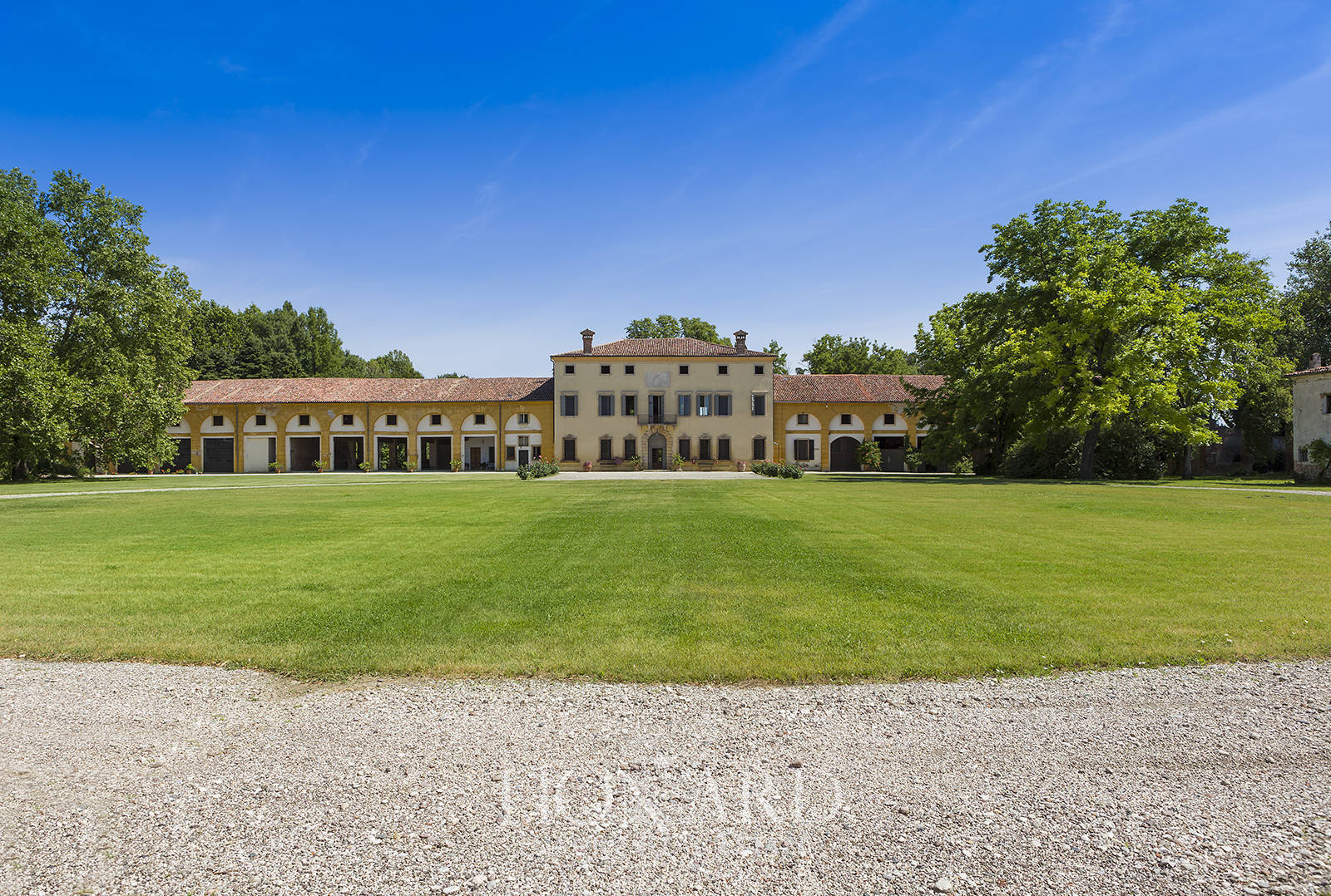 extraordinary venetian villa for sale in verona