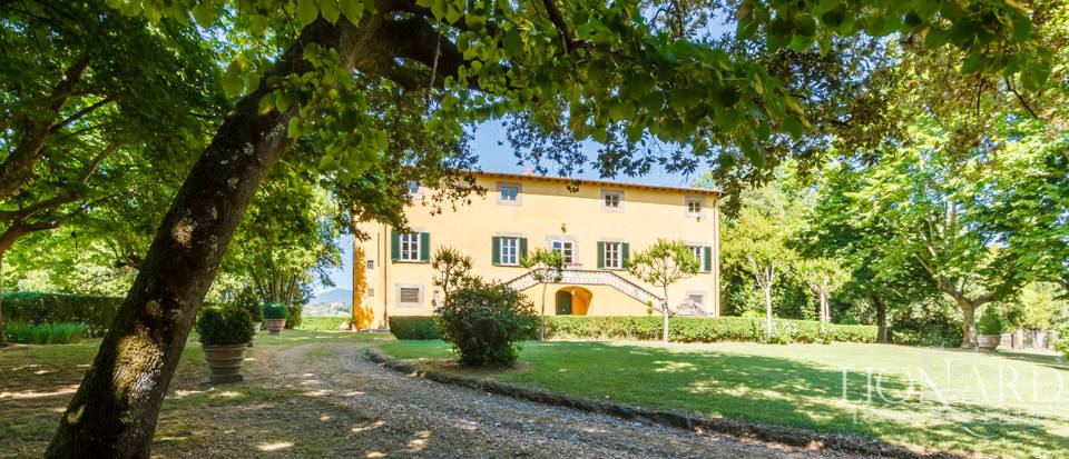 Luxury villa for sale in Lucca Image 3