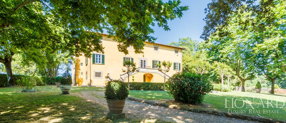 Luxury villa for sale in Lucca Image 4