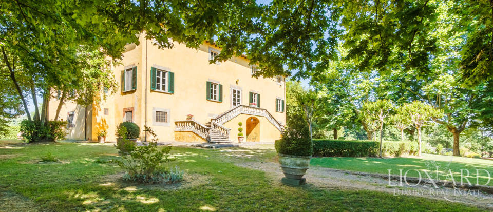 Luxury villa for sale in Lucca Image 6