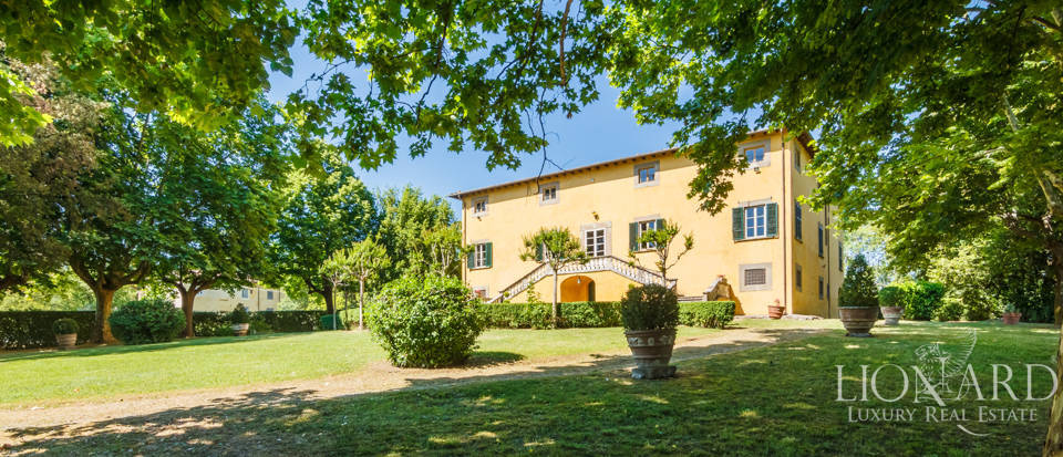 Luxury villa for sale in Lucca Image 7