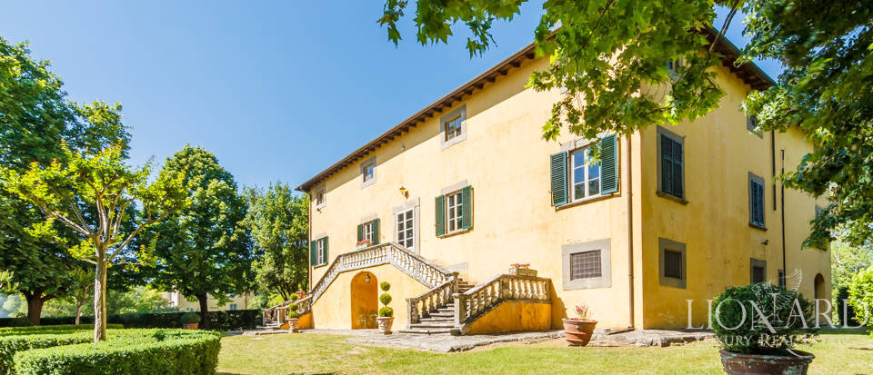 Luxury villa for sale in Lucca Image 5