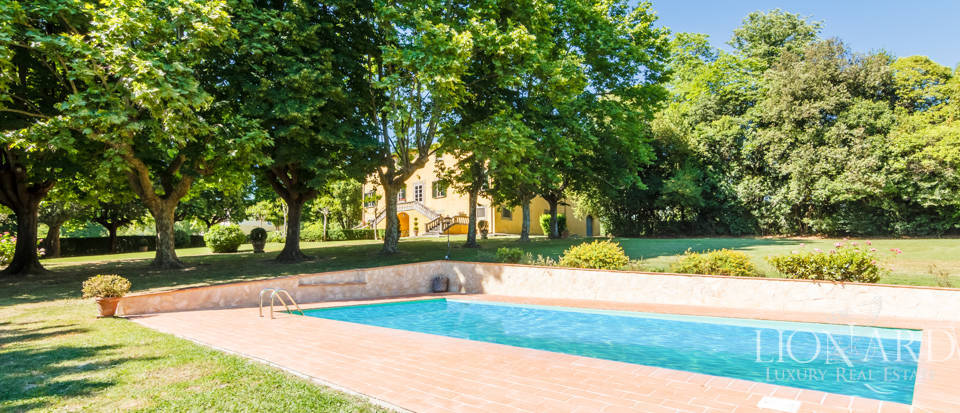 Luxury villa for sale in Lucca Image 14