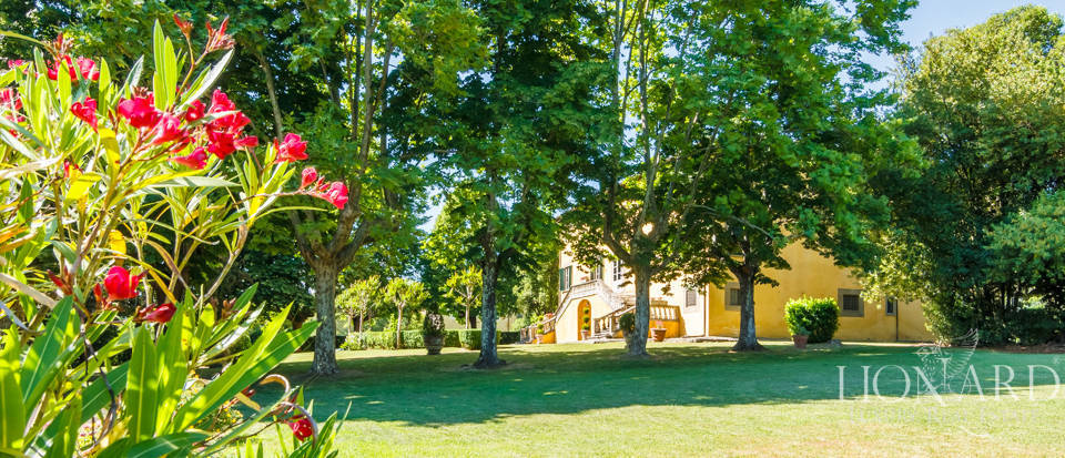 Luxury villa for sale in Lucca Image 16