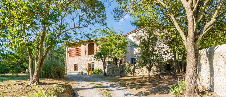 Luxury villa for sale in Lucca Image 36