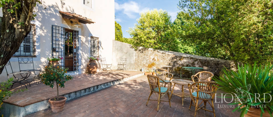 Luxury villa for sale in Lucca Image 37