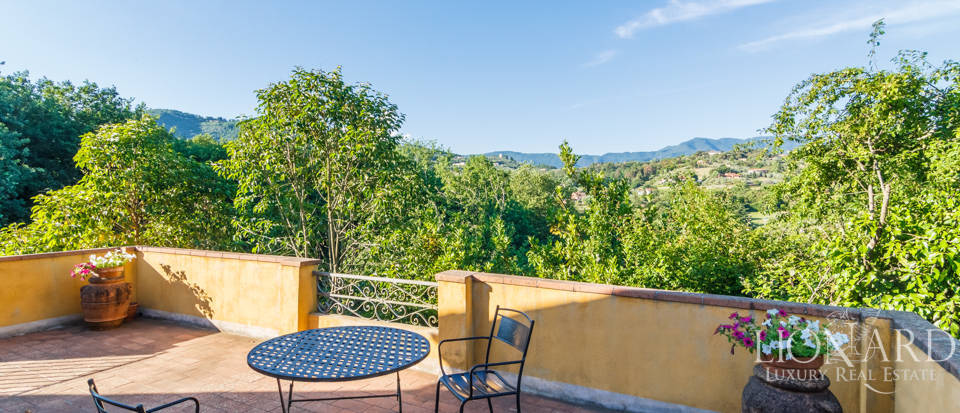Luxury villa for sale in Lucca Image 42