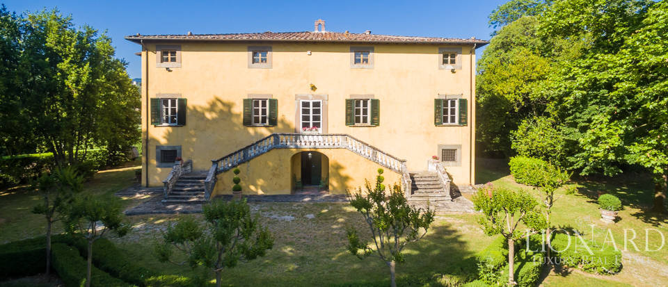 Luxury villa for sale in Lucca Image 45