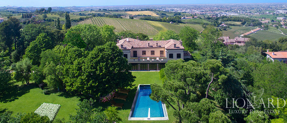 Prestigious estate for sale in Emilia Romagna Image 6