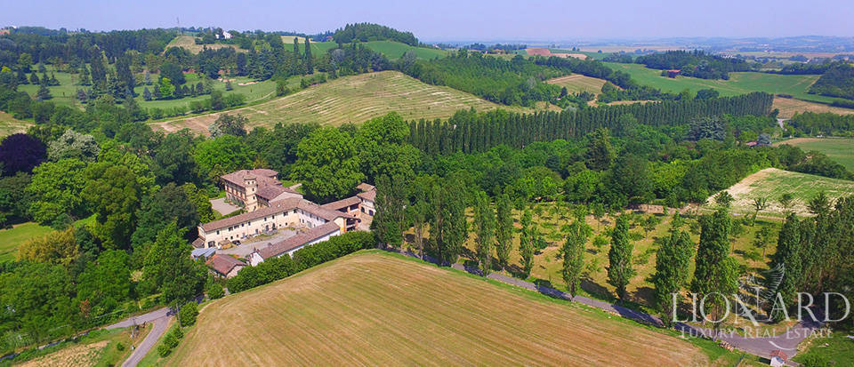 Villa for sale in Piedmont Image 38