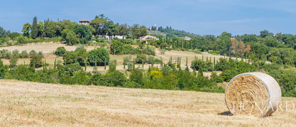 Refined farmstead for sale in Tuscany Image 51