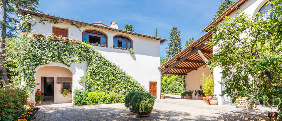 Refined farmstead for sale in Tuscany Image 24