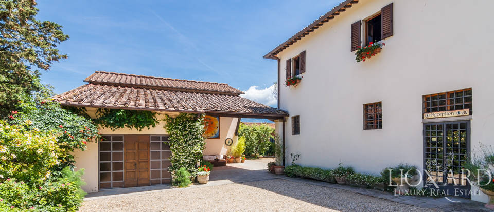 Refined farmstead for sale in Tuscany Image 40