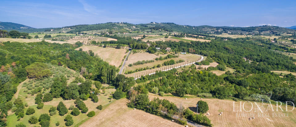 Refined farmstead for sale in Tuscany Image 47