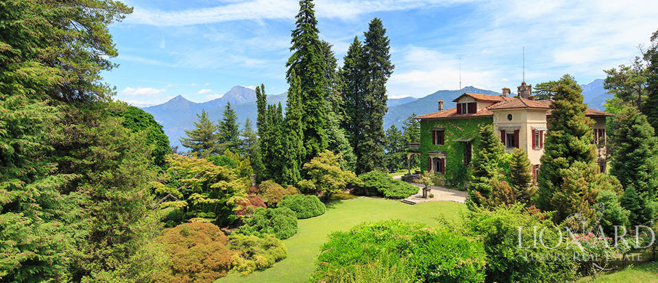 Luxurious villa for sale in Menaggio Image 12