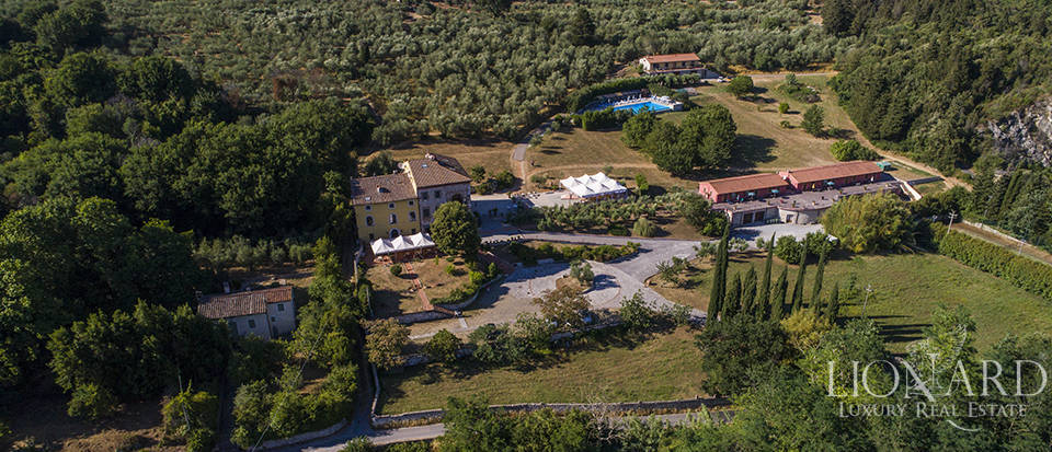 Luxury villa for sale in Tuscany Image 41